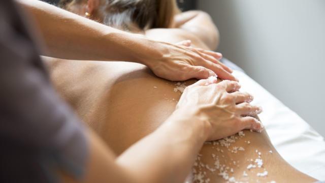 Massage aux Bains de la Mude à Salies-de-Béarn