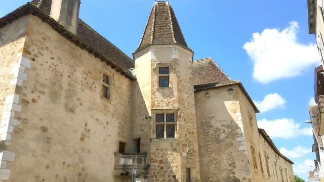 Maison Jeanne D Albret Orthez